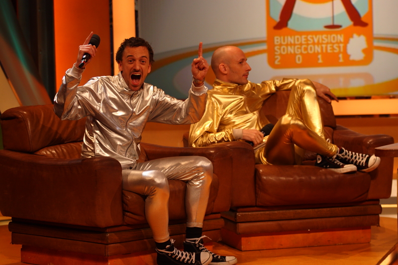 Muttersöhnchen bei TV Total u. Bundesvision Songcontest 2011